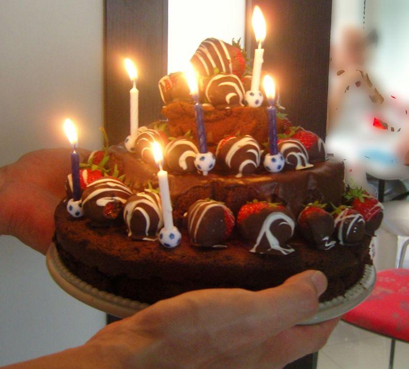 Pièce montée Chocolat bougies allumées