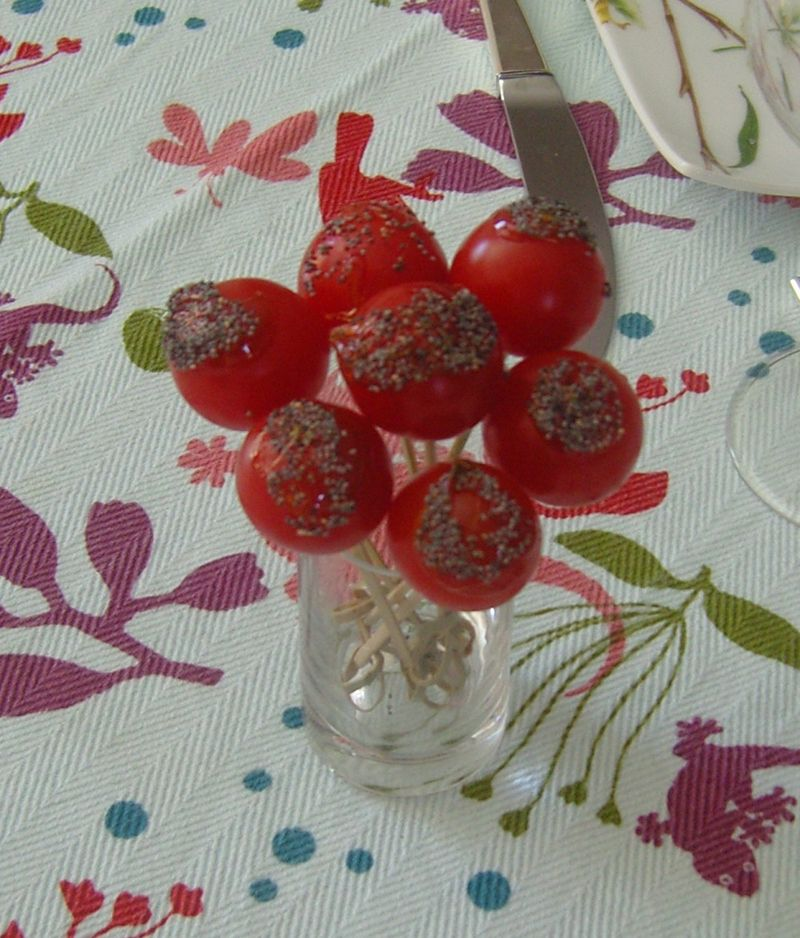 Tomates façon pommes d'amour au pavot bleu
