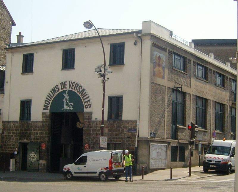 Moulin de versailles extérieur