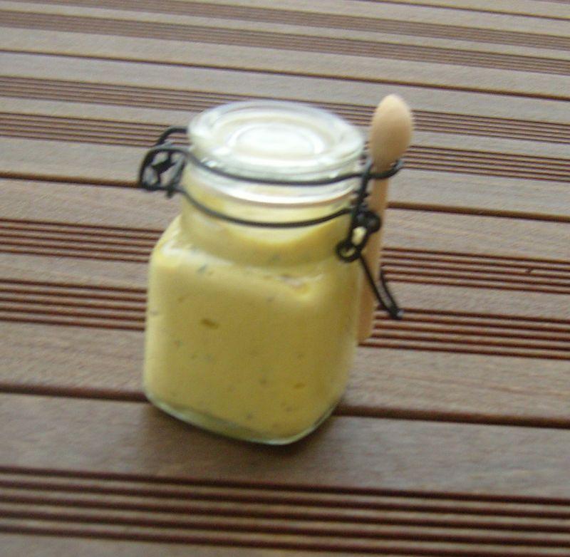 Moutarde au Chablis et aux Brisures de Truffes