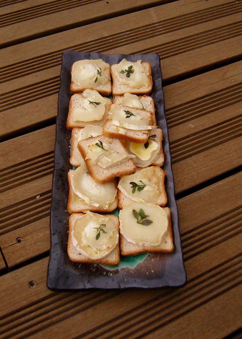 Toasts Chèvre-Thym Apéritif