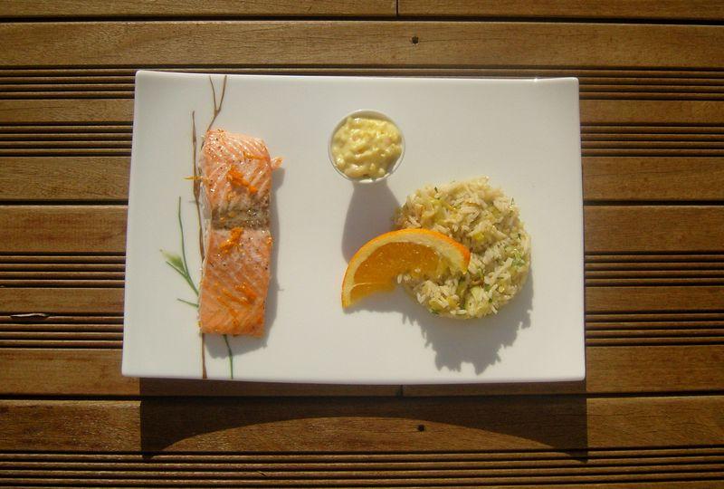 Saumon au beurre d'agrumes et ron riz à la sauce ponzu