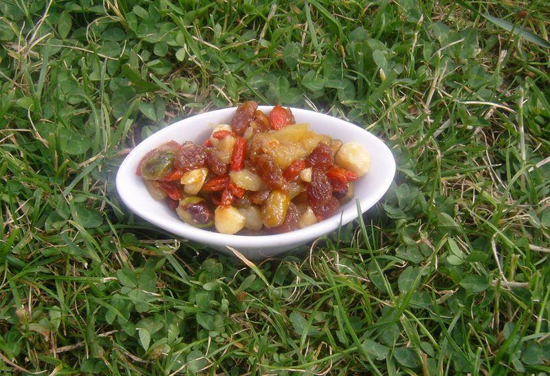 Poêlée Poires baies de goji pistaches noisettes raisins mélange eclat Daco Bello